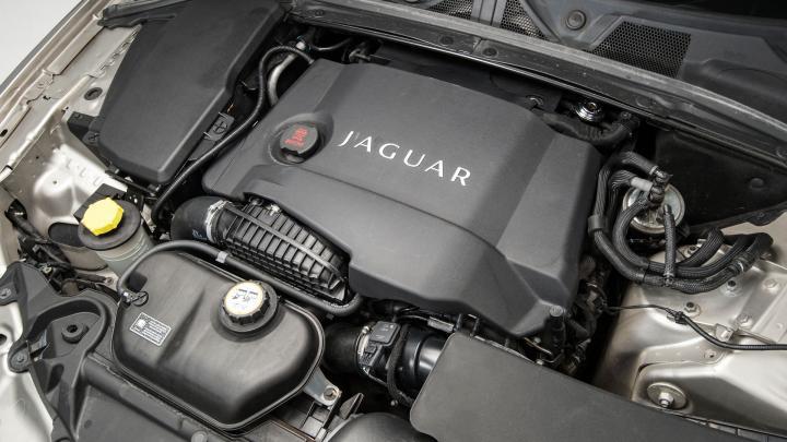 jaguar-xf-005